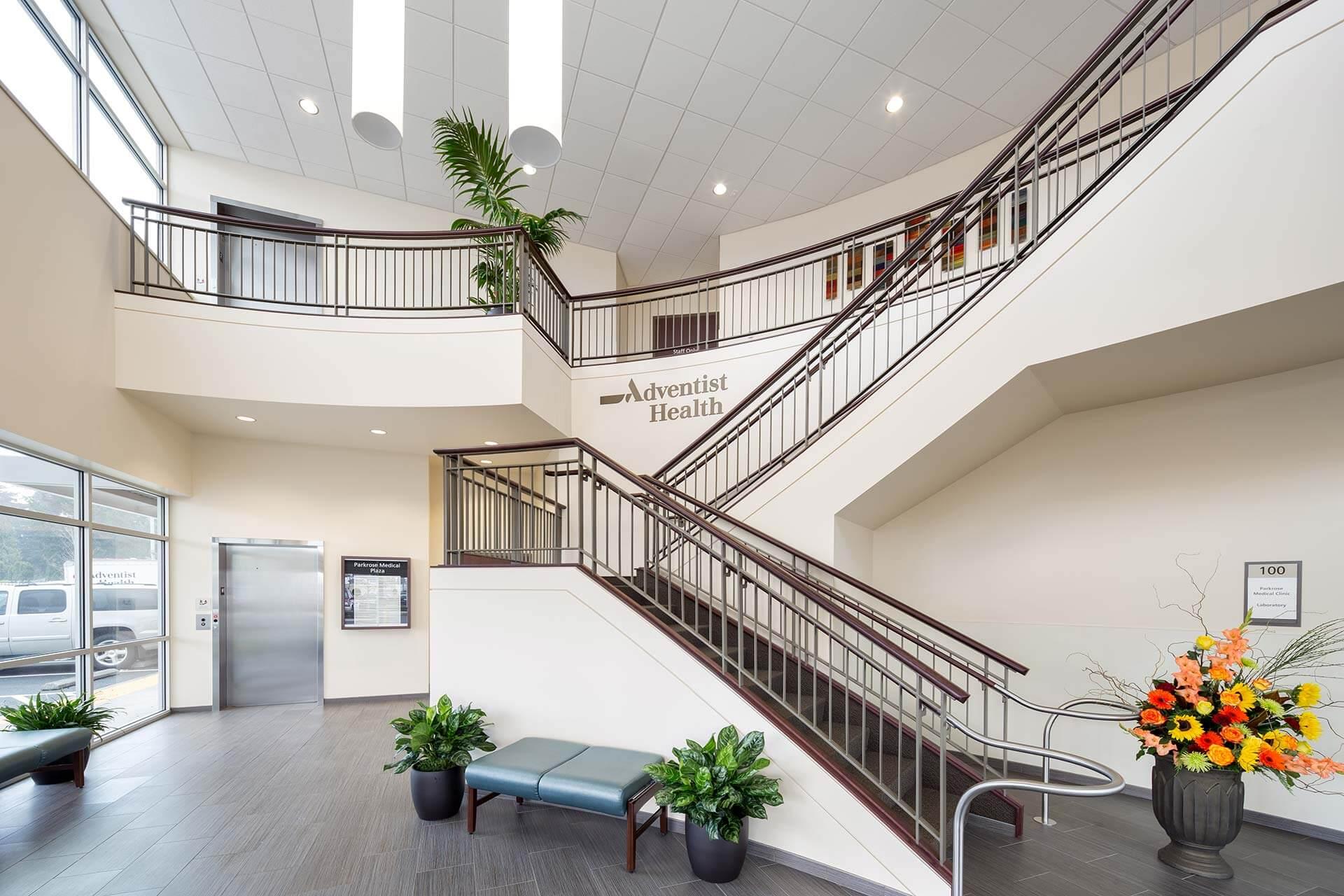 AdventistParkrose-JoshPartee-5204-bldg-lobby